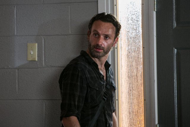 File:Walking-Dead-308-07.jpg