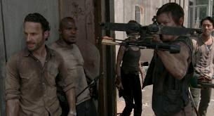 File:Daryl and group.jpg
