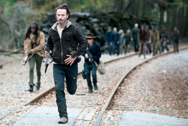 File:The-Walking-Dead-4x16-Michonne-Rick-Carl-Carlost net-TWD-416.jpg