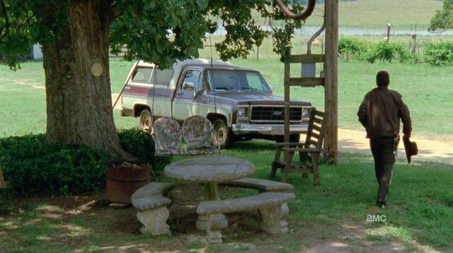 File:I349100 chve truck.jpg