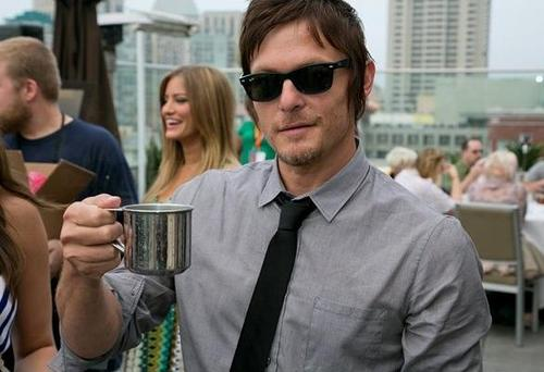 File:Breakfast Reedus.jpg