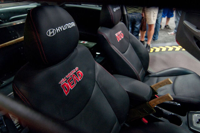 File:Hyundai Elantra Interior.jpg