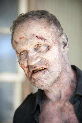 File:Walking-Dead-315-BTS-08.jpg