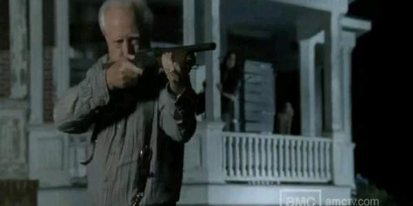 File:The-Walking-Dead-Season-2-Finale-Pictures-5-600x300.jpg