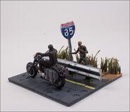 Daryl Dixon with Chopper (The Walking Dead TV) McFarlane Building Set 4