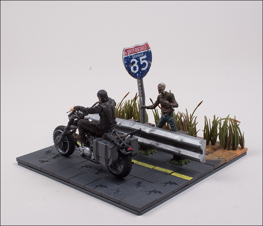 File:Daryl Dixon with Chopper (The Walking Dead TV) McFarlane Building Set 4.jpg