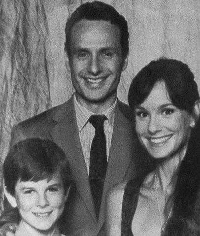 File:Family portrait A.jpg