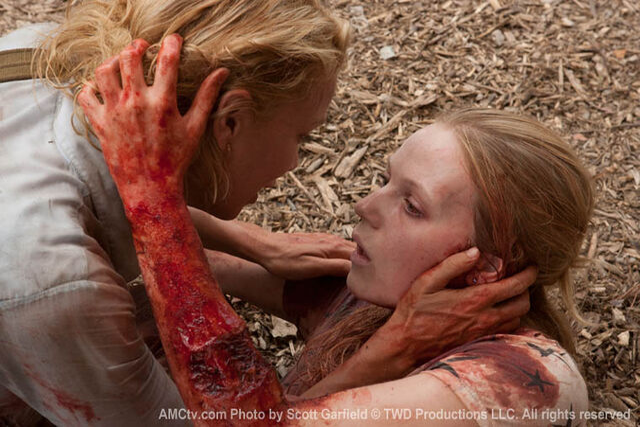 File:Zombie Amy.jpg