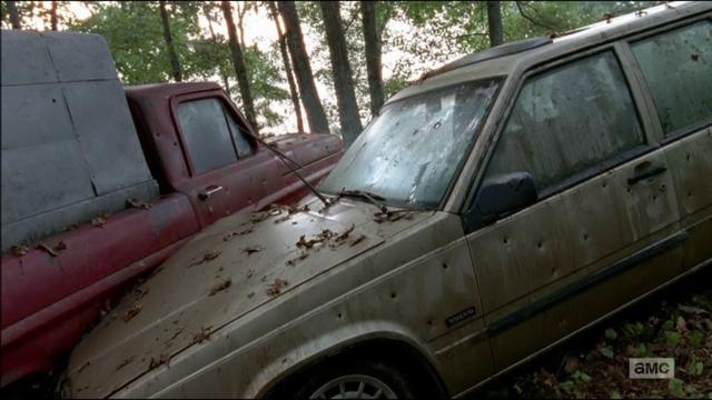 File:5x09 Wrecked Van.png