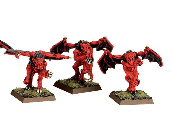 File:Furies miniatures.jpg