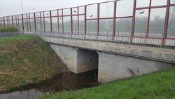 Kanal Nowe Ujście (Wał Miedzeszyński).jpg