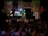 DorothytheDinosaur-Live