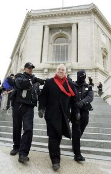 File:Jim-wallis-arrested.jpg