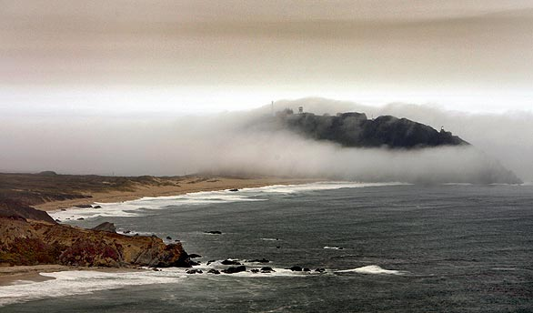File:FogFireBigSur07-08-2008.jpg