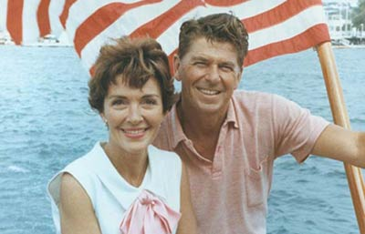 File:YoungNancyRonaldReagan.jpg