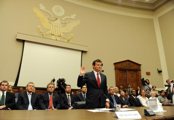File:Tony Hayward Testifies 2.jpg