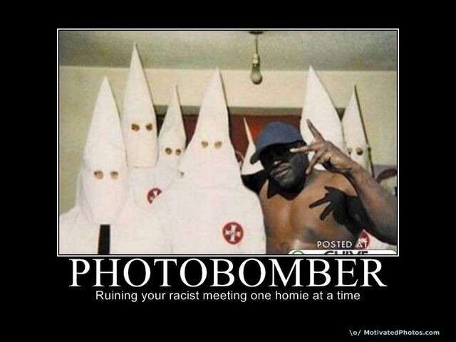 File:Kkk-photobomber.jpg