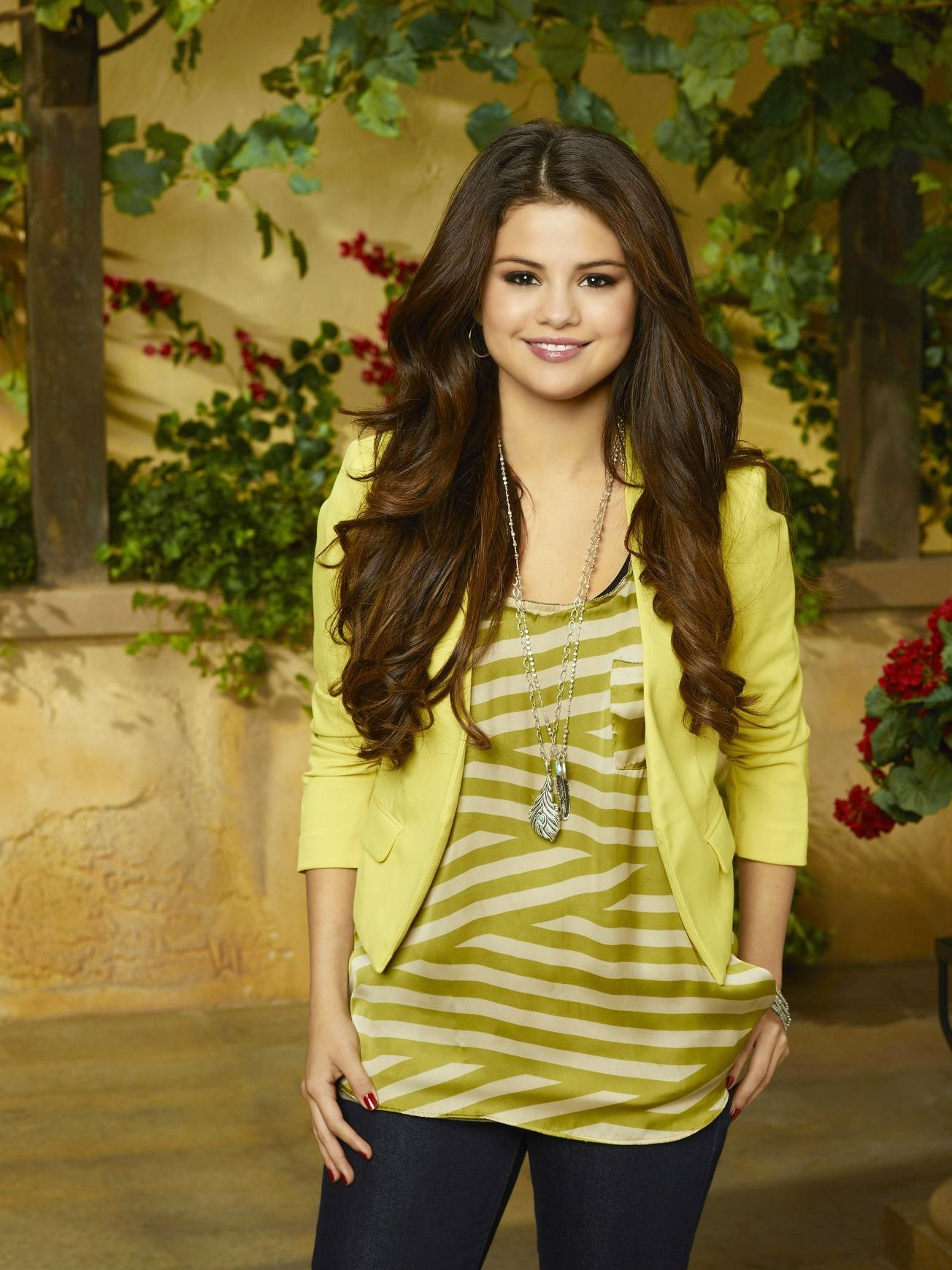 Alex Russo Wizards Of Waverly Place Wiki Fandom Powered By Wikia