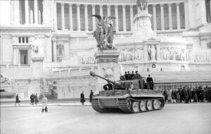 Tiger I Altare della Patria, Rome 1944