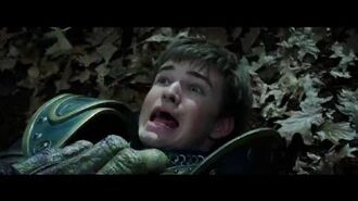 Warcraft The Beginning - Lothar and soldiers attacked (Universal Pictures)