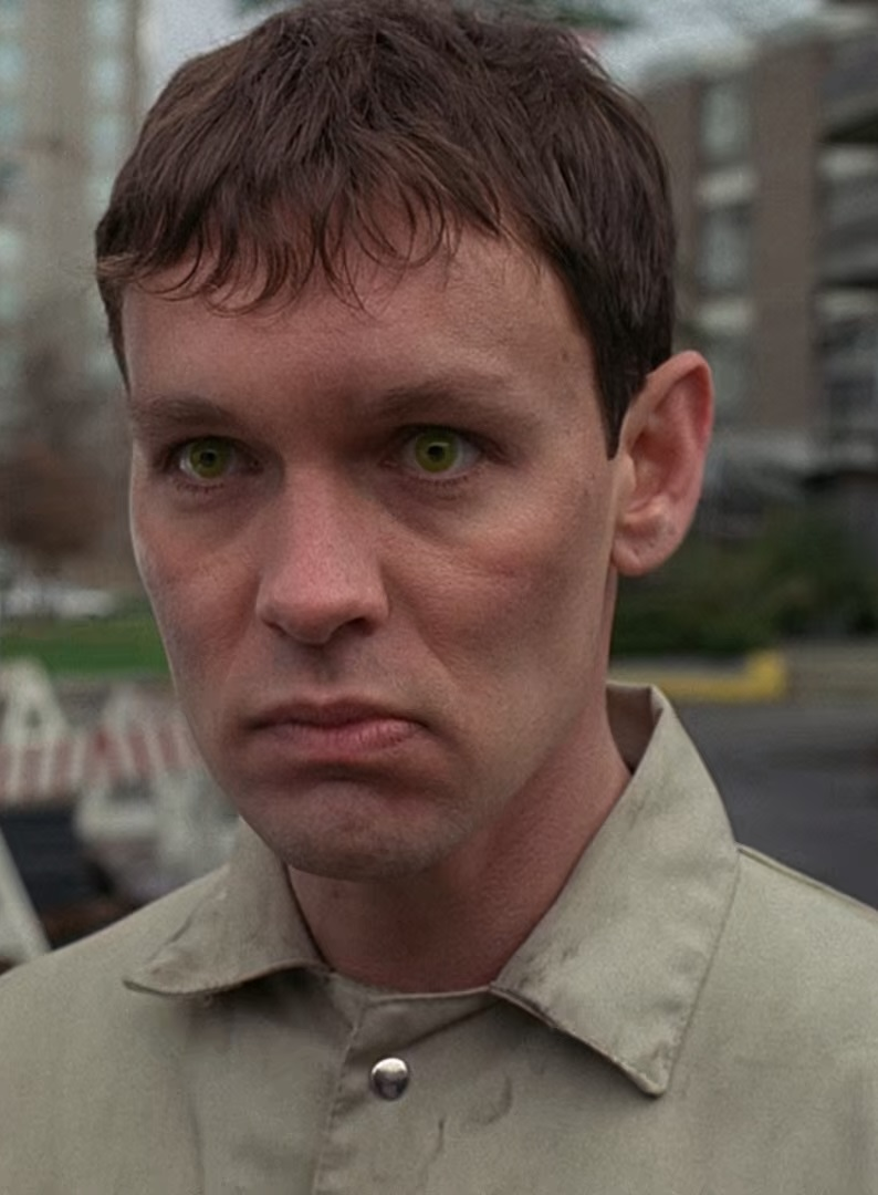 http://vignette1.wikia.nocookie.net/x-files/images/0/0b/Eugene_Victor_Tooms.jpg/revision/latest?cb=20080221052611