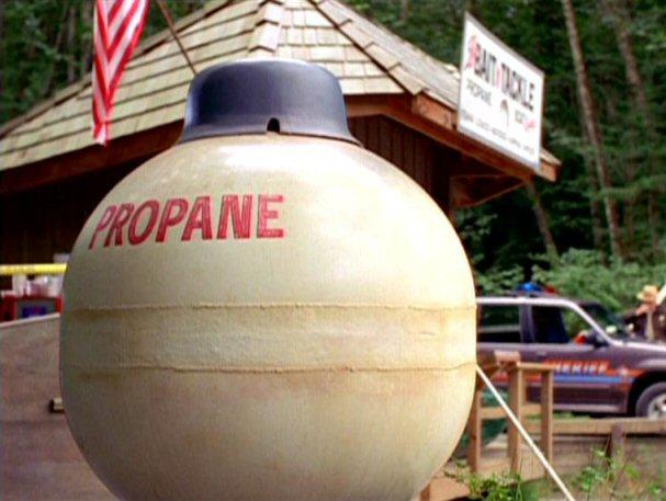 File:Propane tank.jpg