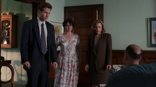 File:Fox Mulder, Anita Budahas, Dana Scully and Robert Budahas.jpg