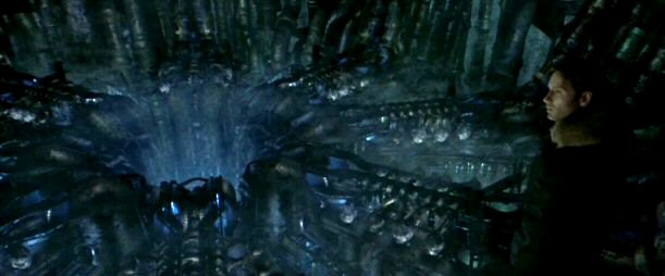 File:Fox Mulder in alien ship.jpg