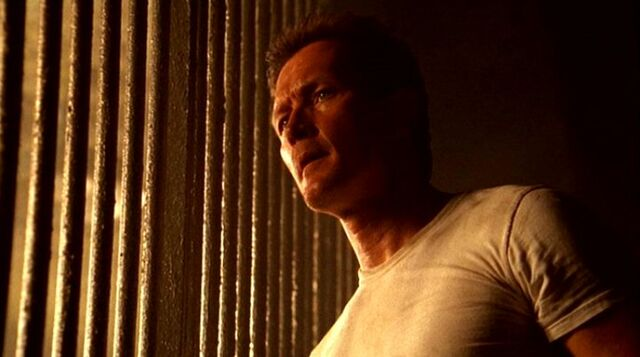 File:John Doggett imprisoned and confused.jpg