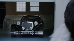 Cruella's-car-OUAT-5
