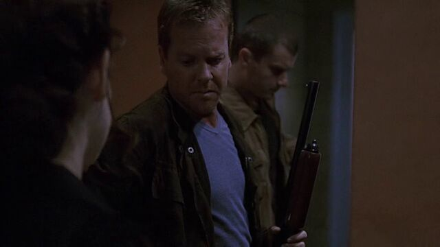 File:3x02 Jack with shotgun.jpg