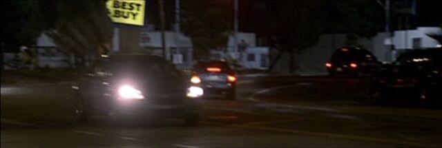 File:8x05 Jack pursuit.jpg