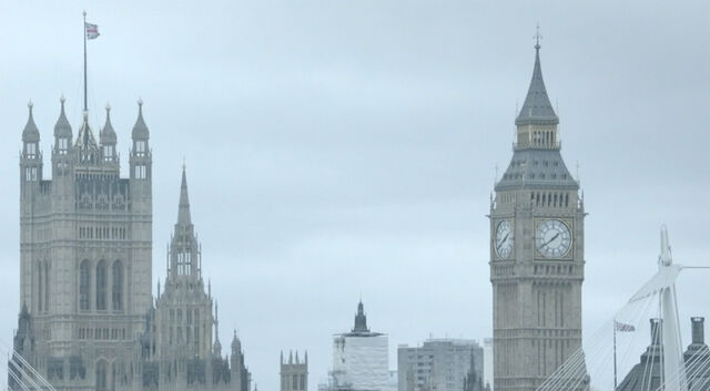 File:9x02 Houses of Parliament.jpg