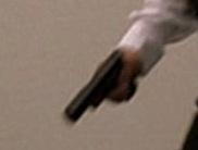 File:5x02 Glock 2.jpg