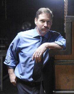 24- Day 8 guest star D.B. Sweeney behind the scenes with Kiefer