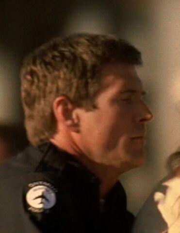 File:5x03 airport cop.jpg