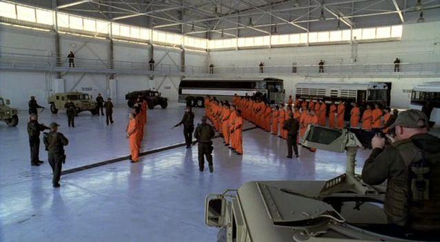 Fichier:Prisoners.jpg