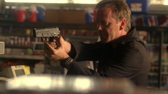 File:4x04 Jack with SIG.jpg