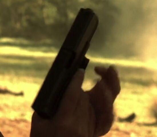 File:7x00 Glock 1.jpg