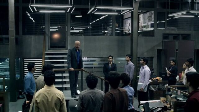 File:In1x04 Gill addresses staff.jpg