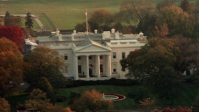 File:6x05 White House.jpg