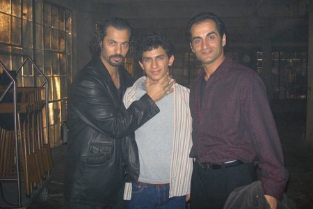 File:24 BTS pose with Gino Salvano, Jonathan Ahdout and Navid Negahban.jpg