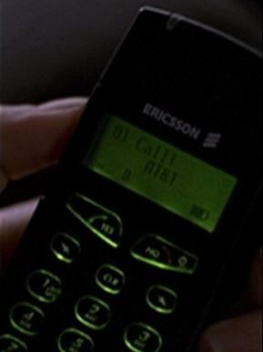 File:1x04 Teri's phone.jpg