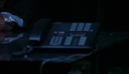 File:1x02 Dunlop phone.jpg