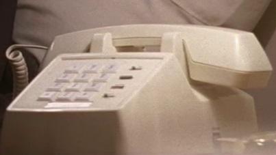 File:5x17 motel phone.jpg