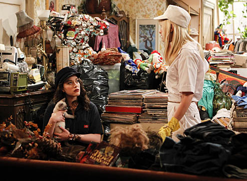 File:2-broke-girls26.jpg