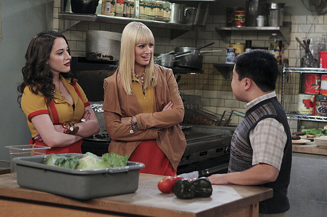 File:-2-broke-girls--epis (6).jpg