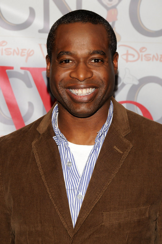 File:Phill Lewis.png