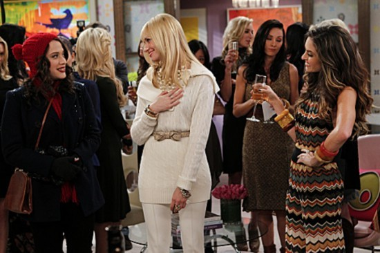 File:2-BROKE-GIRLS-And-The-Reality-Check-Episode-11-12-550x366.jpg