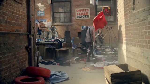 File:5 Seconds of Summer - She Looks So Perfect - 5 Seconds of Summer Wiki (163).png
